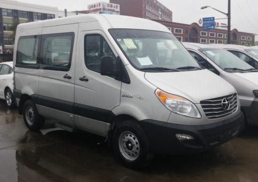 Микроавтобус JAC Sunray едет в Россию